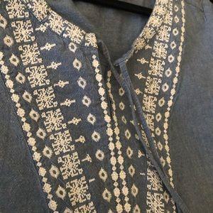 Ellos, a Swedish clothing company size 16 blouse